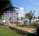 riu_resort_jamaica_lawn_view