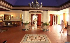 sandals_negril_jamaica_lobby
