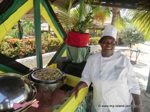 Jamaica Chef - Mama, at Club Ambiance