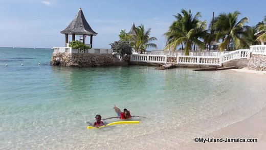 Jamaica Beach -sea gardens beach Montego Bay