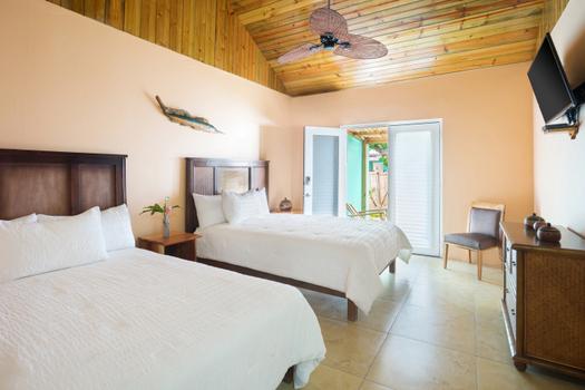 luna_sea_inn_rooms
