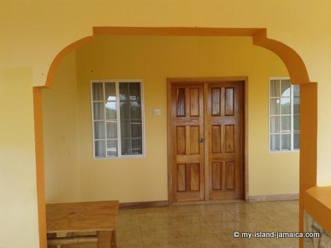 accomodation_at_blue_hole_jamaica