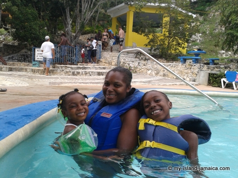 attractions_in_negril_jamaica_Blue_Hole_Mineral_Spring_Pool