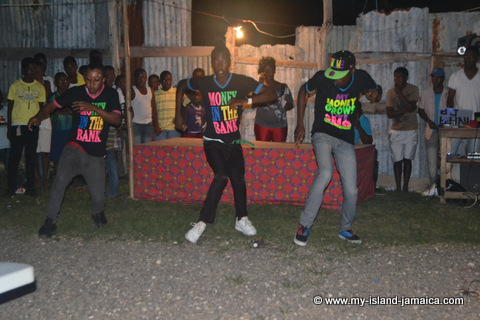 Popular Jamaican Dance Steps & Jamaican Dance Moves