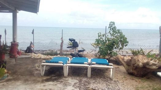 best_spa_in_jamaica_roxborough_beach_spa_seaside