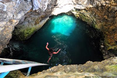 Blue Hole Mineral Spring in Jamaica