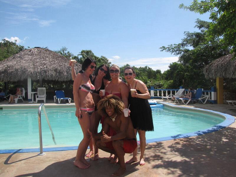 guests_at_blue_hole_jamaica