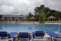 breezes_jamaica_runnaway_bay_pool