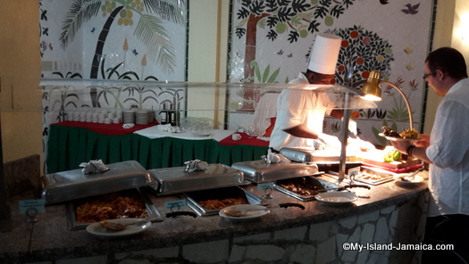 cheap_hotels_in_montego_bay__sea_gardens_resort_buffet_food