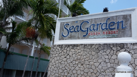 places to stay in montego bay