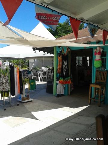 conrwall beach gift shop