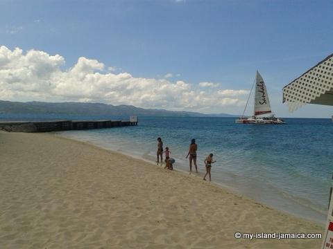 jamaicas cornwall beach