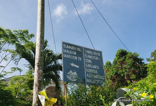 directions to maroon town jamaica