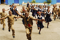 education_in_jamaica_school_children_running