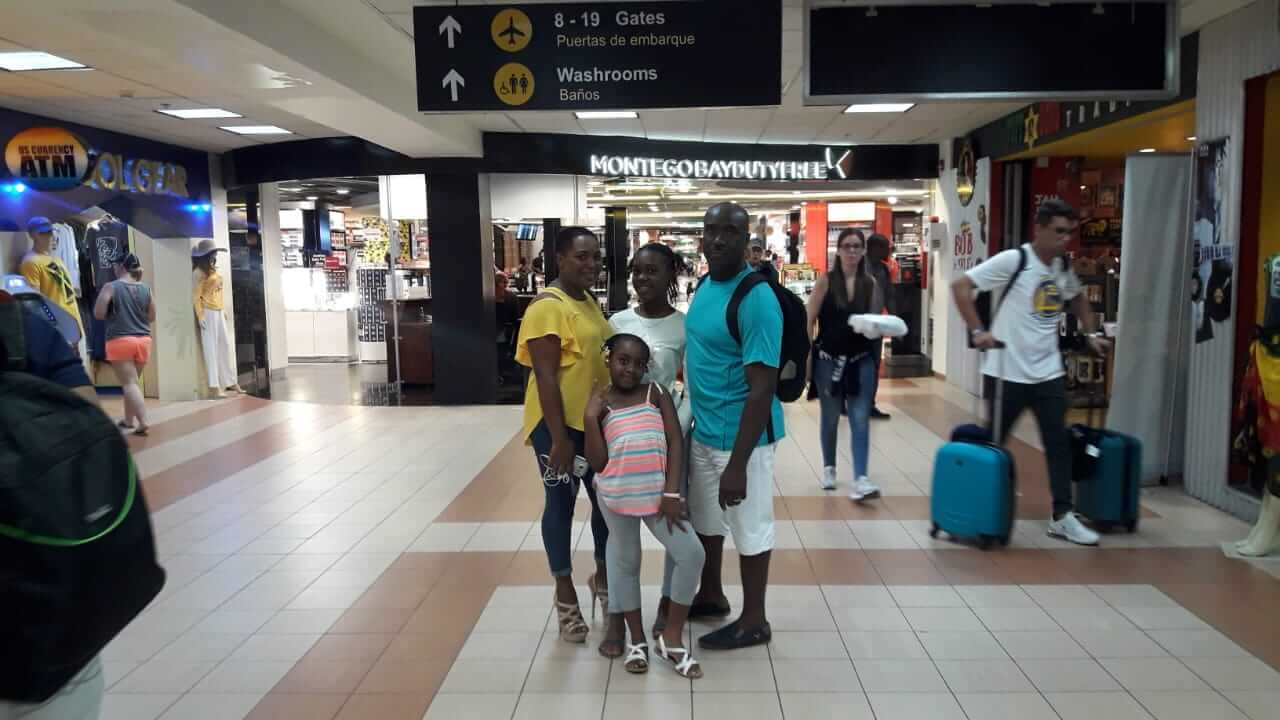 wellesley and family at airport