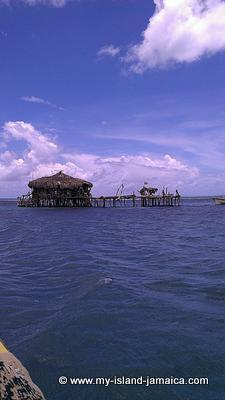 Floyds Pelican Bar, Jamaica
