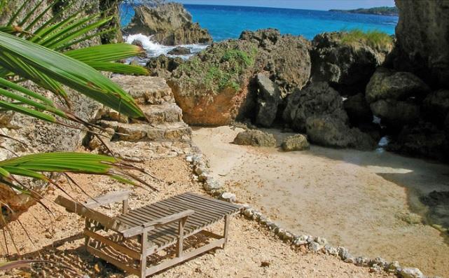 great_huts_jamaica
