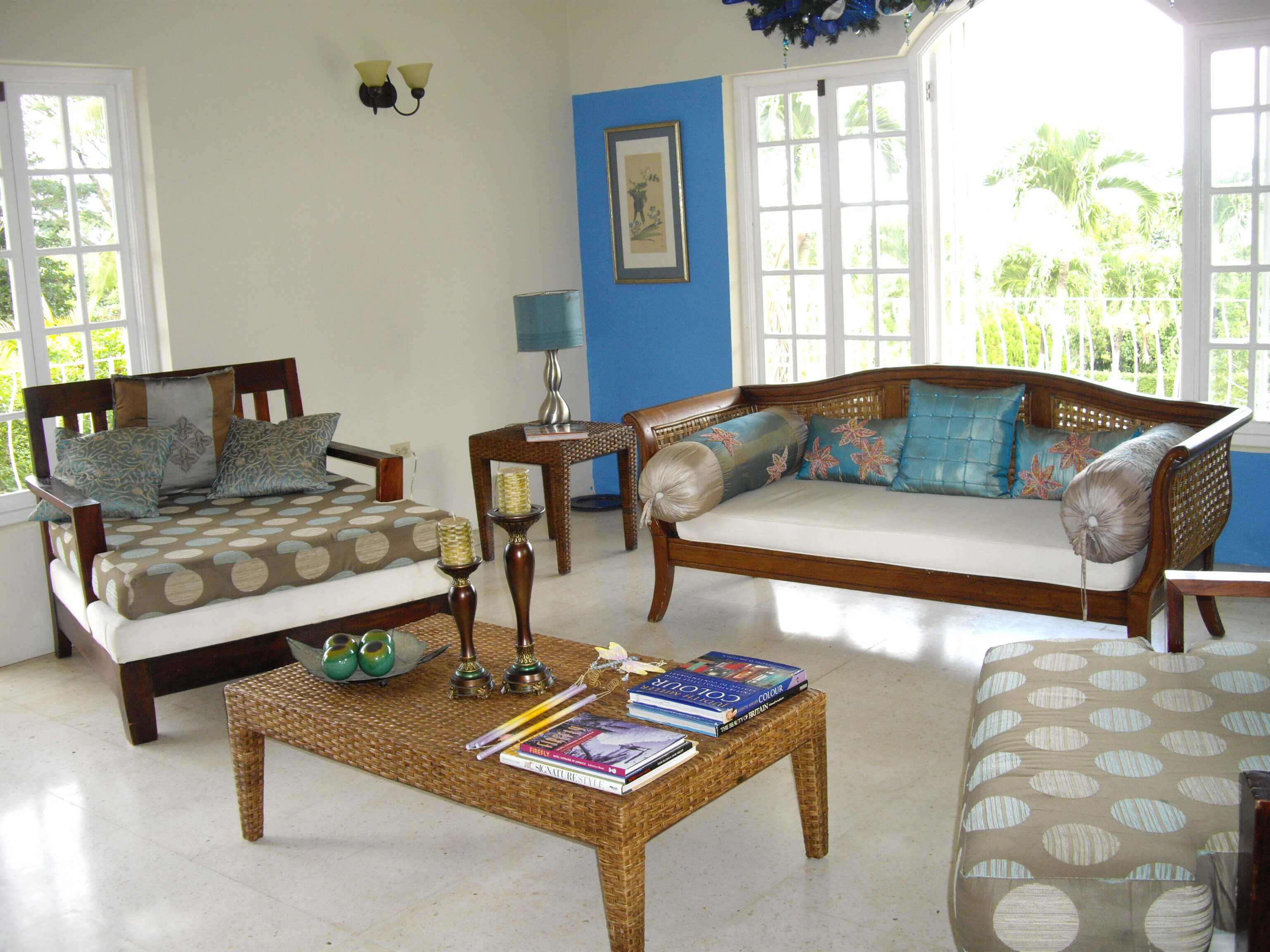home_for_sale_in_st_ann_living_room-bridgette walpole