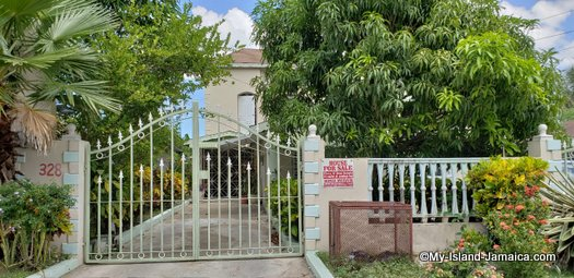 Houses for Sale in Jamaica - Top Listings From Top Sources