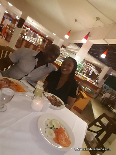 jamaica_vacation_wellesley_anniversary_2018_decameron_wellesley_wife