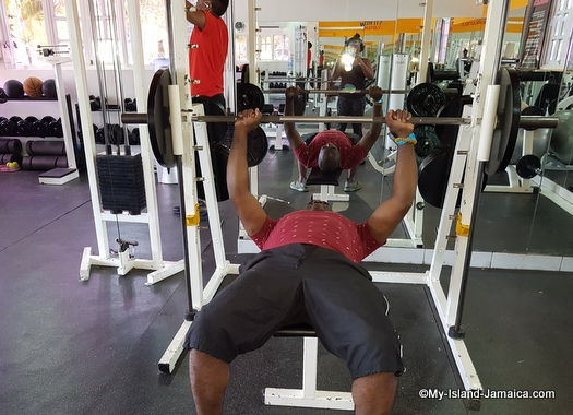 jamaica_vacation_wellesley_anniversary_2018_gym_at_decameron_lifting