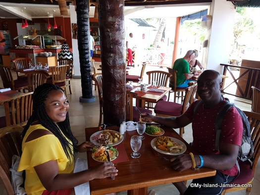 jamaica_vacation_wellesley_anniversary_2018_wellesley_and_omeil_eating_lunch_hotel