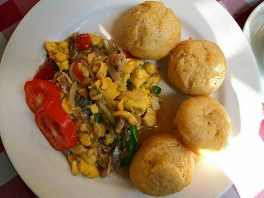 food_from_jamaica_breakfast. fried dumplings with ackee and saltfish