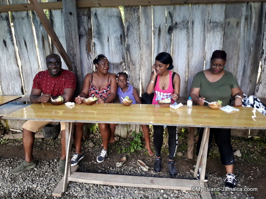jamaican_maroon_charlestown_lunch_in_asafu_yard