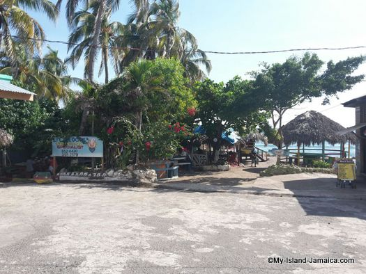 little_ochie_jamaica_entrance
