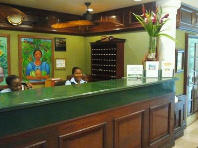 Here's the lovely front desk staff who will be lad to help you with all your reservations for your stay in