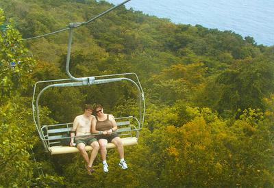 mystic_mountain_couple_ziplining