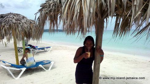 negril_jamaica_all_inclusive_resorts_tasha_beach_photo