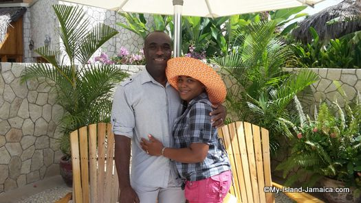 negril_jamaica_resorts_the_spa_retreat_hotel_best_jamaican_young_couple