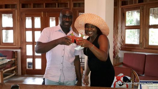 negril_jamaica_resorts_the_spa_retreat_hotel_complimentary_drink
