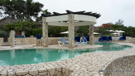 negril_jamaica_resorts_the_spa_retreat_hotel_pool