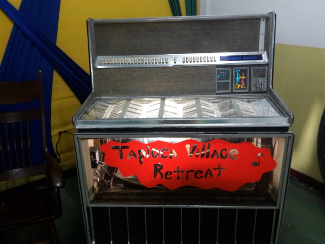 old_jamaican_juke_box_at_tapioca_village_retreat_2017