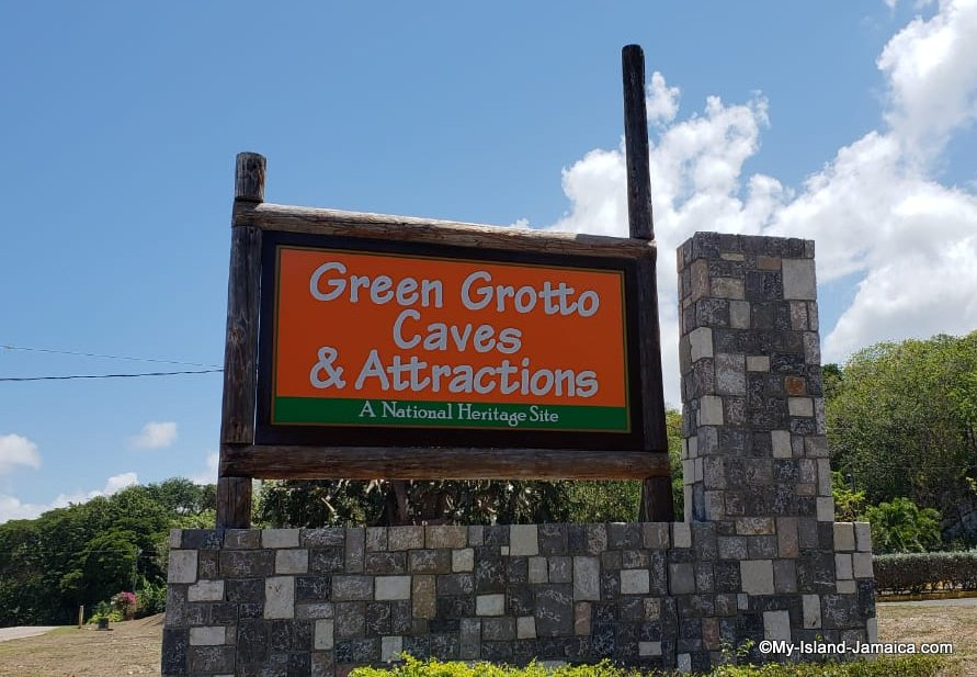 places_to_visit_in_jamaica_green_gratto_caves