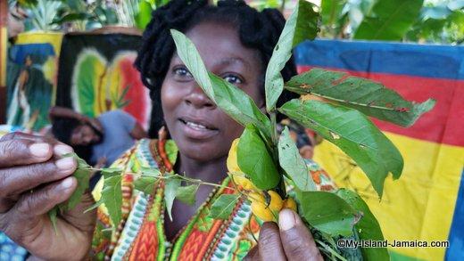 rastafari_indigenous_village_queen