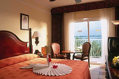riu_resort_jamaica_negril_bedroom