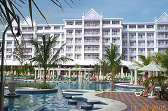 riu_resort_jamaica_ocho_rios_pool_view