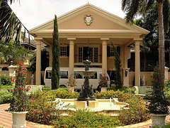 royal_plantation_jamaica_front