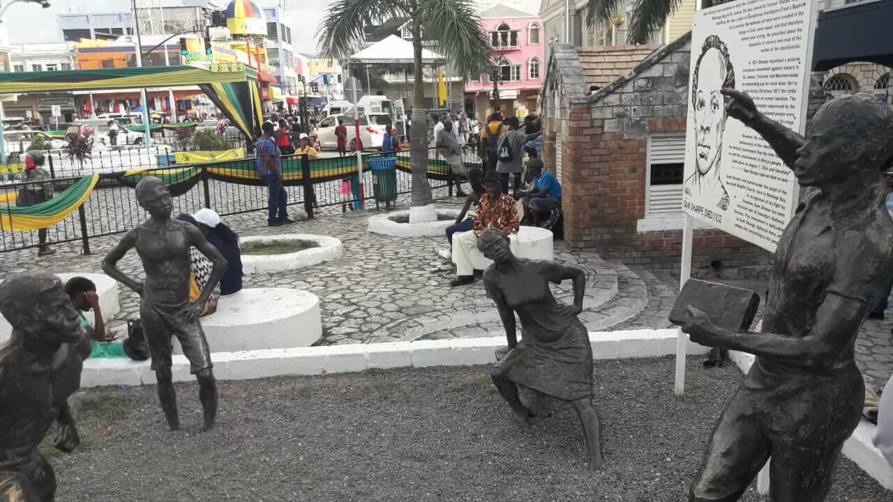 sam sharpe statue in montego bay preaching