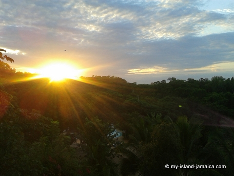 sunrise_at_blue_hole_mineral_spring_westmoreland