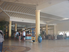 sunset_beach_jamaica_lobby