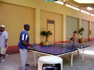 sunset_jamaica_grande_a_little_table_tennis