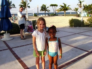sunset_jamaica_grande_leah_and_new_friend