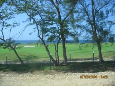 <b>Jamaican Photo Contest Entry #8:</b><center> <h2>The view from the bus</h2></center>