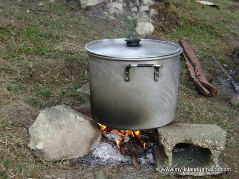 cooking outdoors in jamaica