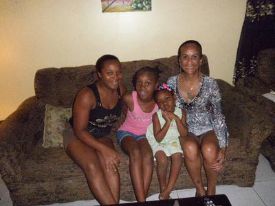 Mommie and daughters