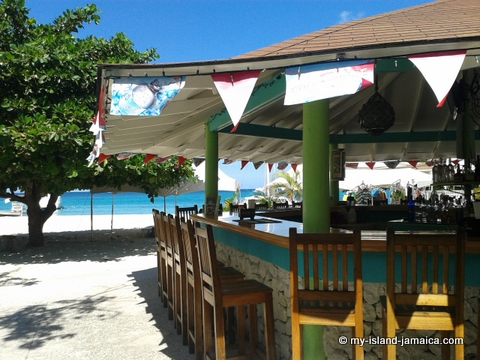 conrwall beach restaurant